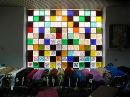 glasbausteine beleuchtet raum und m beldesign inspiration. Black Bedroom Furniture Sets. Home Design Ideas